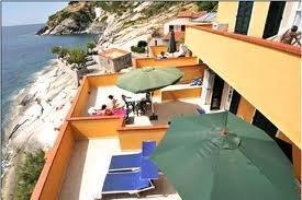 Foto_terrazza_scogliera_residence_Villa_Mare