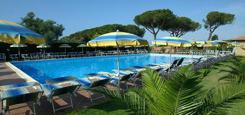 Foto_piscina_Villaggio_Capalbio