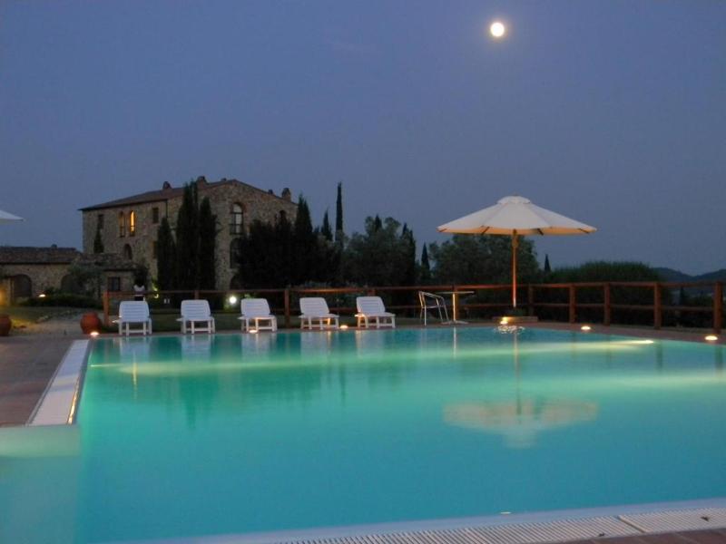 Foto_piscina_Convento_di_Montepozzali