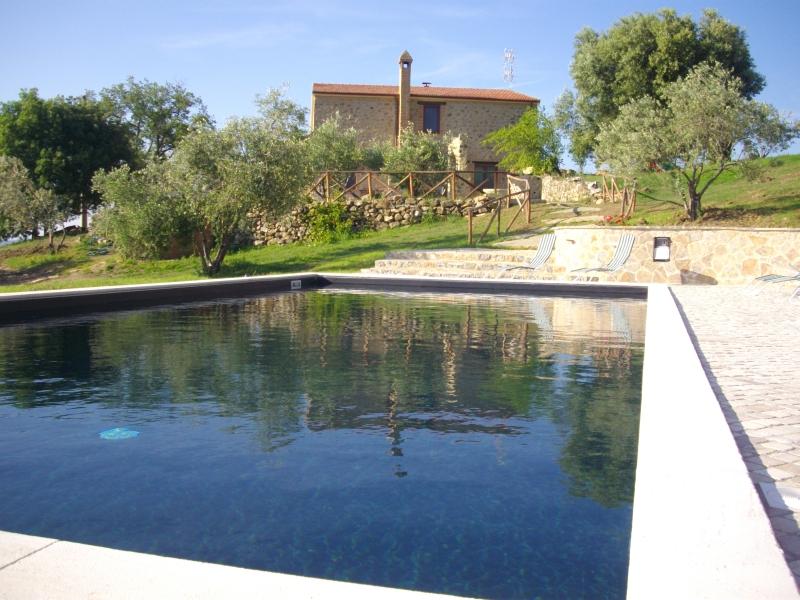 Foto_piscina_Agriturismo_Meridiana