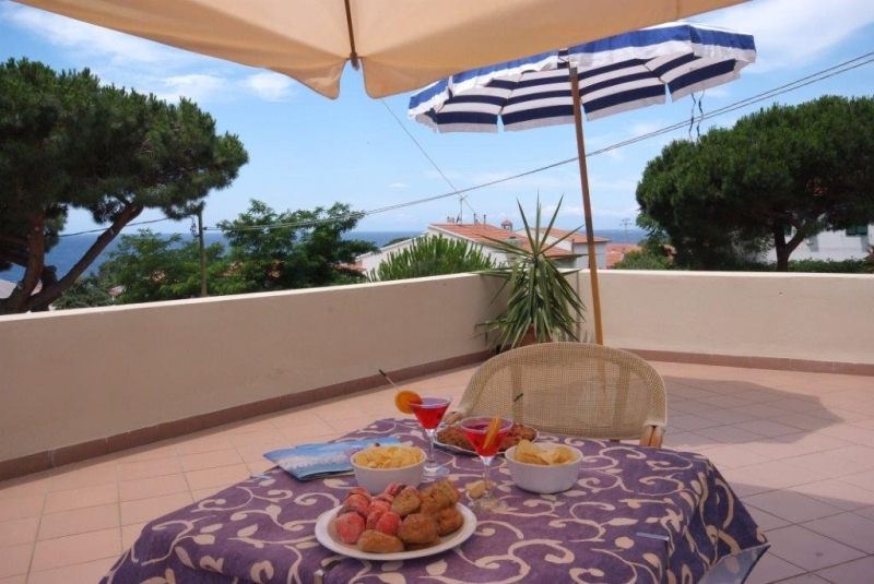 Foto_aperitivo_terrazza_hotel_Corallo