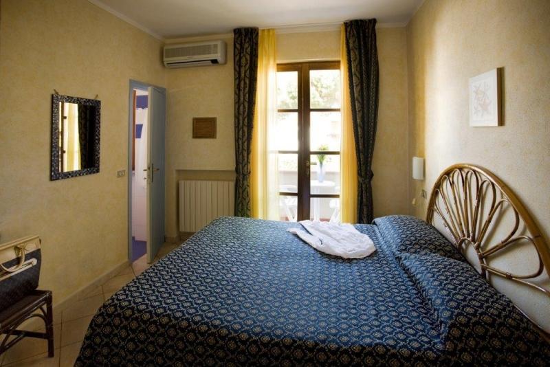 Foto_camera_doppia_hotel_Corallo