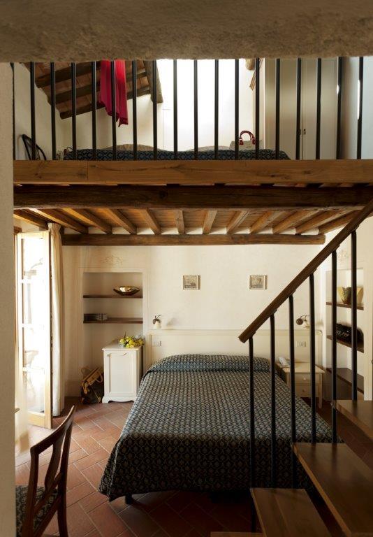 Foto_camera_soppalco_hotel_Corallo