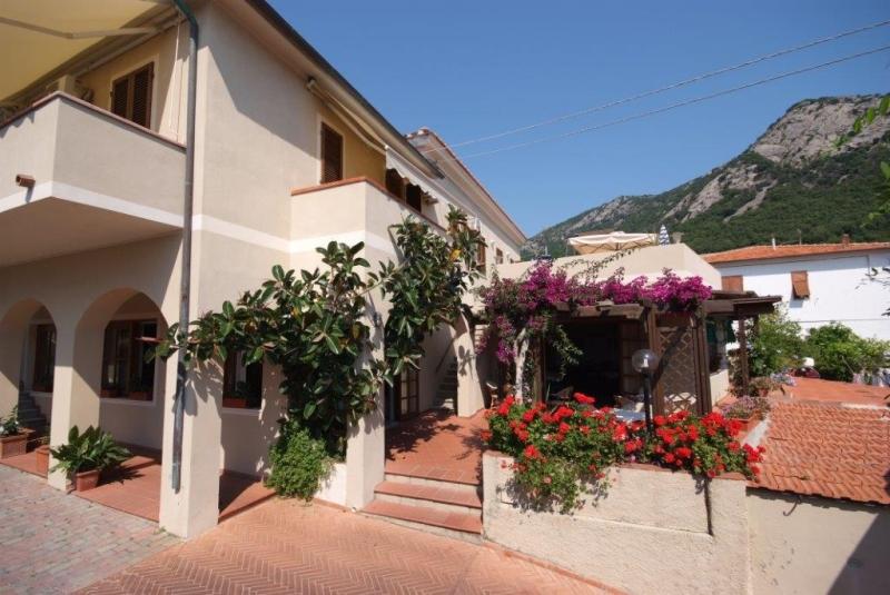 Foto_esterno_hotel_Corallo