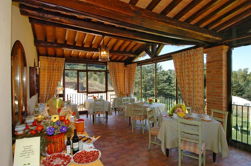 Foto_sala_colazione_hotel_Fonte_del_Cerro
