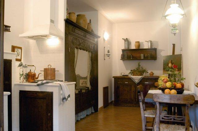 Foto_cucina_appartamento_frantoio_agriturismo_La_Rombaia