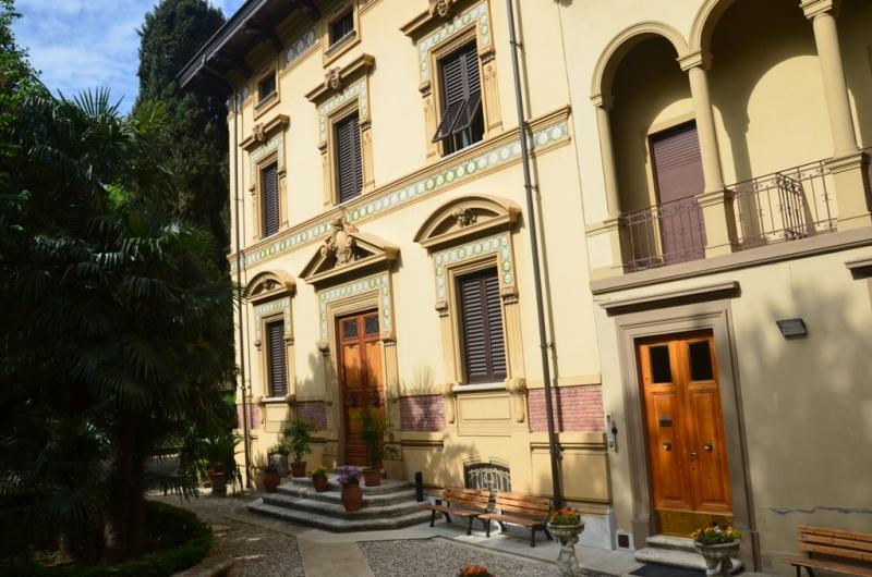 Foto_edificio_Istituto_Suore_Rave_Di_S_Elisabetta
