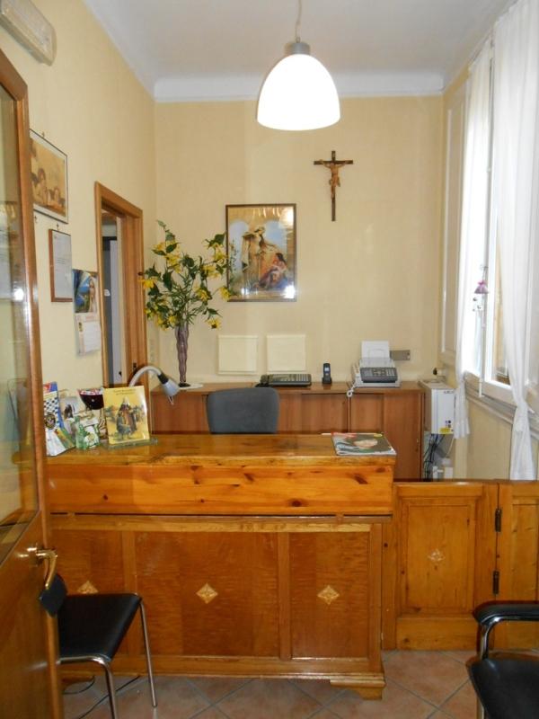 Foto_reception_Istituto_Suore_Rave_Di_S_Elisabetta