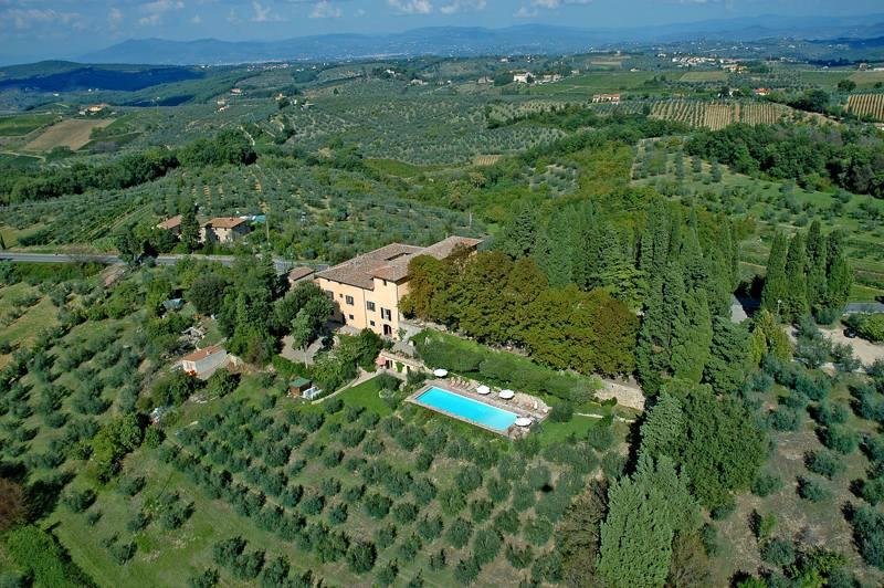 Foto_vista_aerea_Villa_il_Poggiale