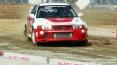 4x4 Fest 2009 - Carrara (MS), 10-11 ottobre 2009 - Un Mitsubishi Lancer sporco di fango sfreccia nella pista dimostrativa