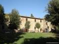 Bolgheri (LI) - Piazza Alberto e il suo curato giardino