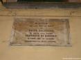 Buti (PI) - Lapide commemorativa alla memoria di francesco di Bartolo. Tre anni dopo la morte di Dante Allighieri in questa casa nacque Francesco di Bartolo il primo che in italiano commentasse la Divina Comedia.