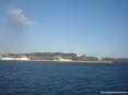 Canale di Piombino (LI) - Sullo sfondo del porto si notano l