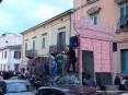 Carnevale Piombino 2009 - Il carro di Shrek da via Renato Fucini procede lentamente verso Corso Italia