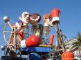 Carnevale di Viareggio (LU) 2008 - Ecco il carro primo classificato nella seconda categoria: di Umberto e Stefano Cinquini - Barcollo...ma non mollo!