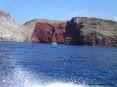 Isola di Capraia (LI) - La Scogliera delle Lingue regala dei contrasti di colore stupendi. Dal rosa al nero delle rocce, dal turchese al blu profondo del mare.