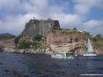 Isola di Capraia (LI) - Lato sud di Punta Zenobito. In pochi metri il paesaggio cambia più volte colore. Lo spettacolo è mozzafiato.