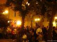 Luminara San Ranieri 2008 Pisa (PI) - Ragazzi e ragazze sembrano non aver intenzione di smettere di ballare e saltare al ritmo della musica in piazza La Pera