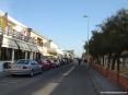 Marina di Cecina (Cecina Mare) (LI) - I viali del lungo mare sono ben forniti di gelaterie, bar, pub, ristoranti e discoteche
