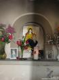 Monterchi (AR) - Interno di una piccola cappella: altare.