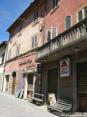 Monterchi (AR) - Le tranquille vie del paese permettono passeggiate in totale relax tra le antiche bellezze.