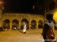 42a Sagra di Suvereto 2009, Suvereto (LI) - Nello splendida atmosfera del chiostro di piazza della Cisterna si svolgono esibizioni a tema di vari artisti. Nella scatto l