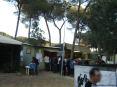 39° Sagra del carciofo 2008 a Riotorto (LI) - La fila verso la cassa per il pagamento anticipato del pasto Alla cassa si ordinano e si pagano le vivande scelte dal menu.