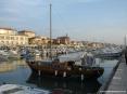 San Vincenzo (LI) - Goletta a vela nel porticciolo