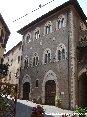 Piombino (LI) - Il prospetto del municipio in via Ferruccio